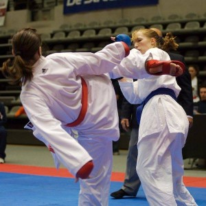 Een gecontroleerd gevecht met een directe tegenstander.